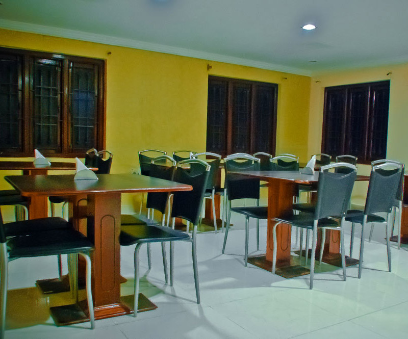 Diviyum Manor Hotel Port Blair Restaurant